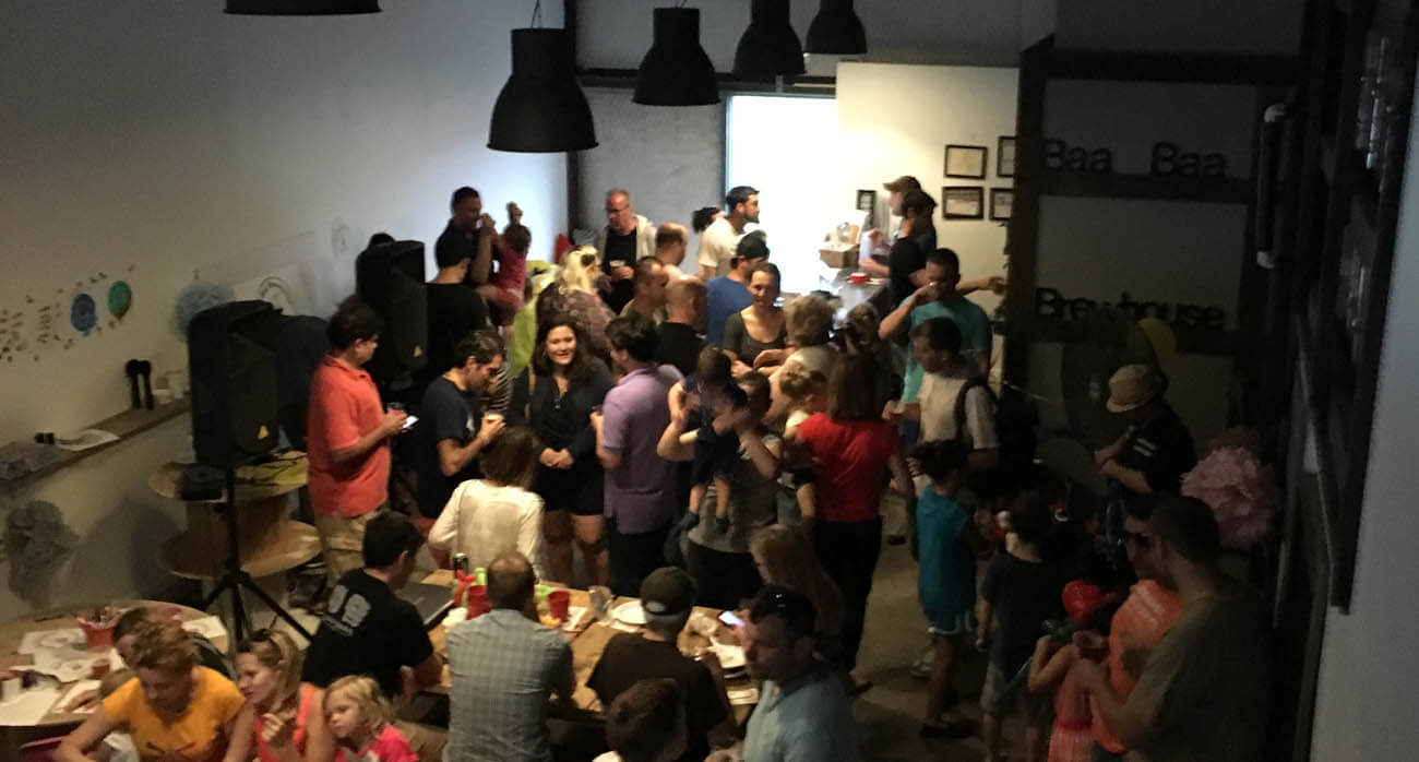 beer-chronicle-houston-craft-beer-review-featured-_0000_baa-baa-brewhouse-brookshire-full-house