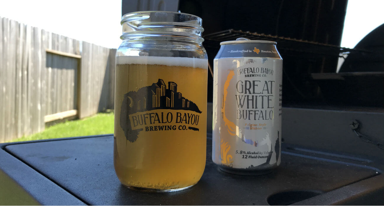 Beer-Chronicle-Houston-Craft-Beer-Review-Great-White-Buffalo-Beer-In-Brewery-Mason-Jar-Next-To-Can