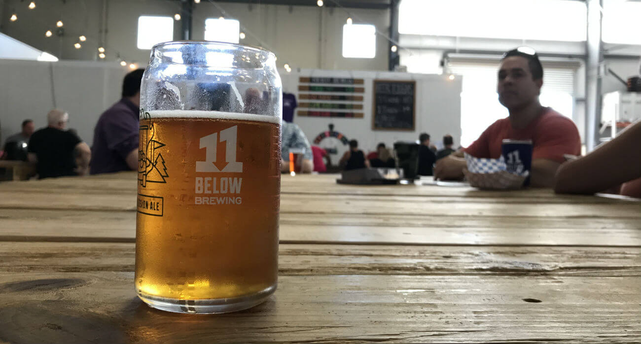 Beer-Chronicle-Houston-Craft-Beer-Review-Lame-Duck-Beer-In-11-Below-Brewery