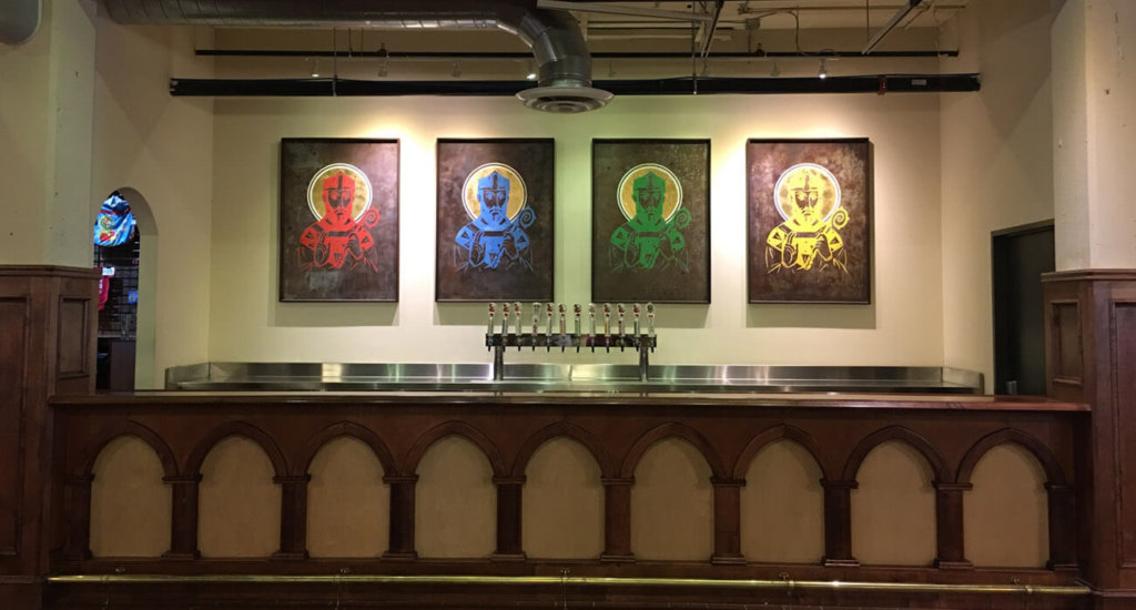 beer-chronicle-houston-craft-beer-review-saint-arnold-brewery-tour-bar