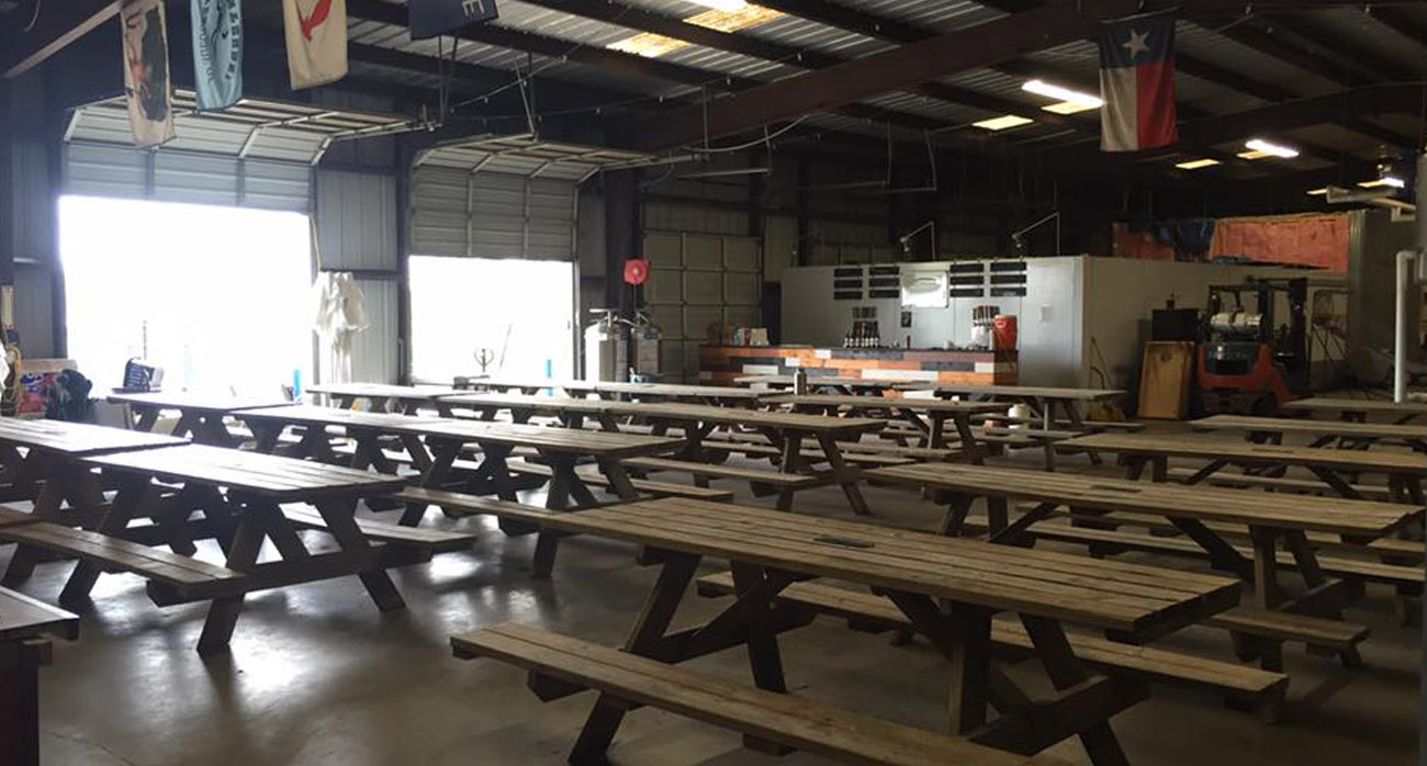Beer-Chronicle-Houston-Craft-Beer-texian-tap-room-closing-inside