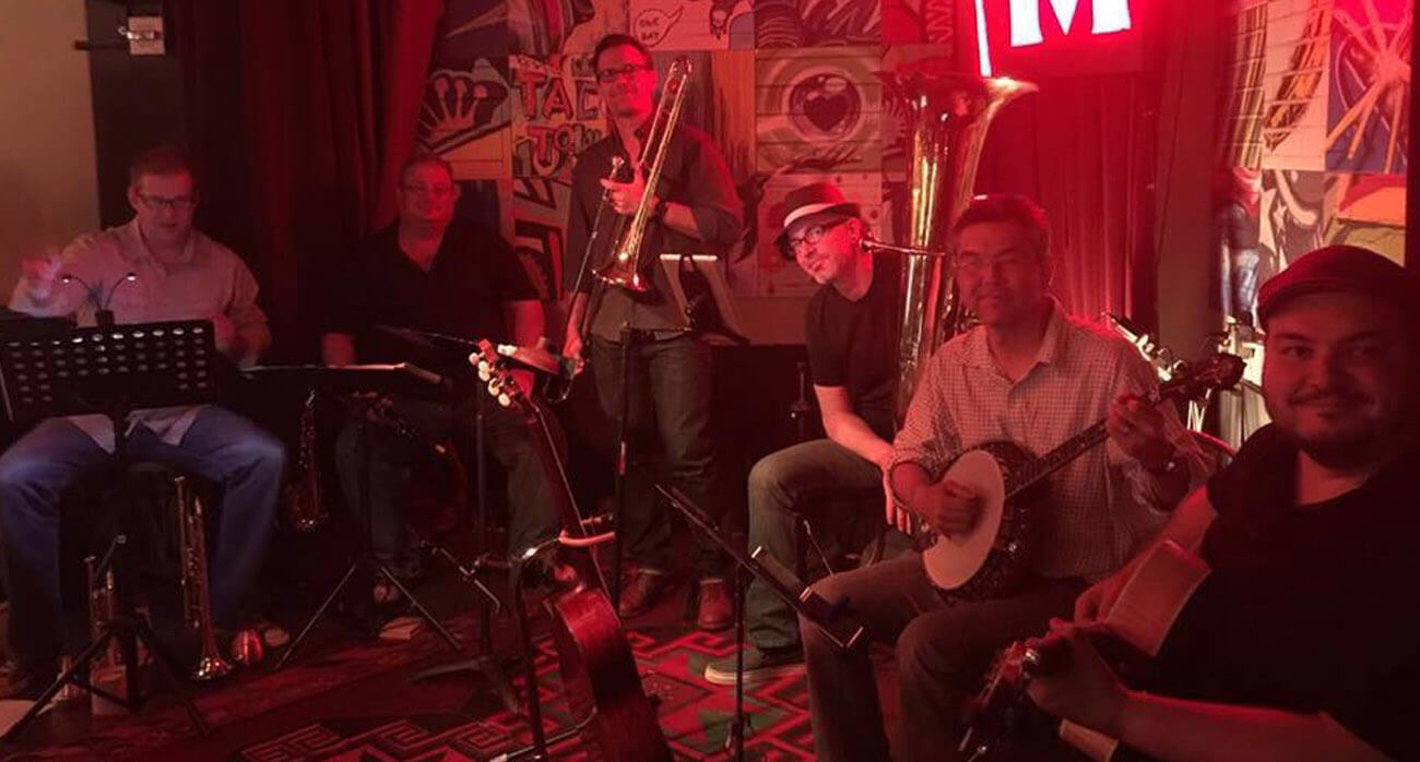 Beer-Chronicle-Houston-Craft-Beer-wort-are-hou-jamming-in-june-boomtown-brass-band-mkt-bar