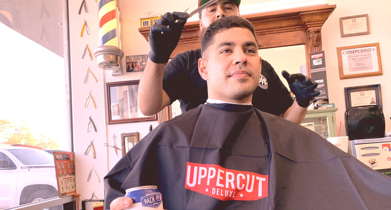 Beer-Chronicle-Houston-Jays-shave-parlor-heights-mike-guerra