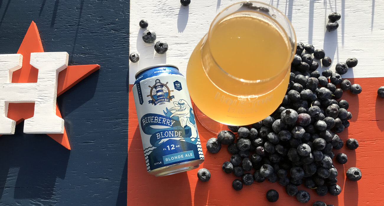 Beer-Chronicle-Houston-galveston-bay-blueberry-blonde-moonshot-creations