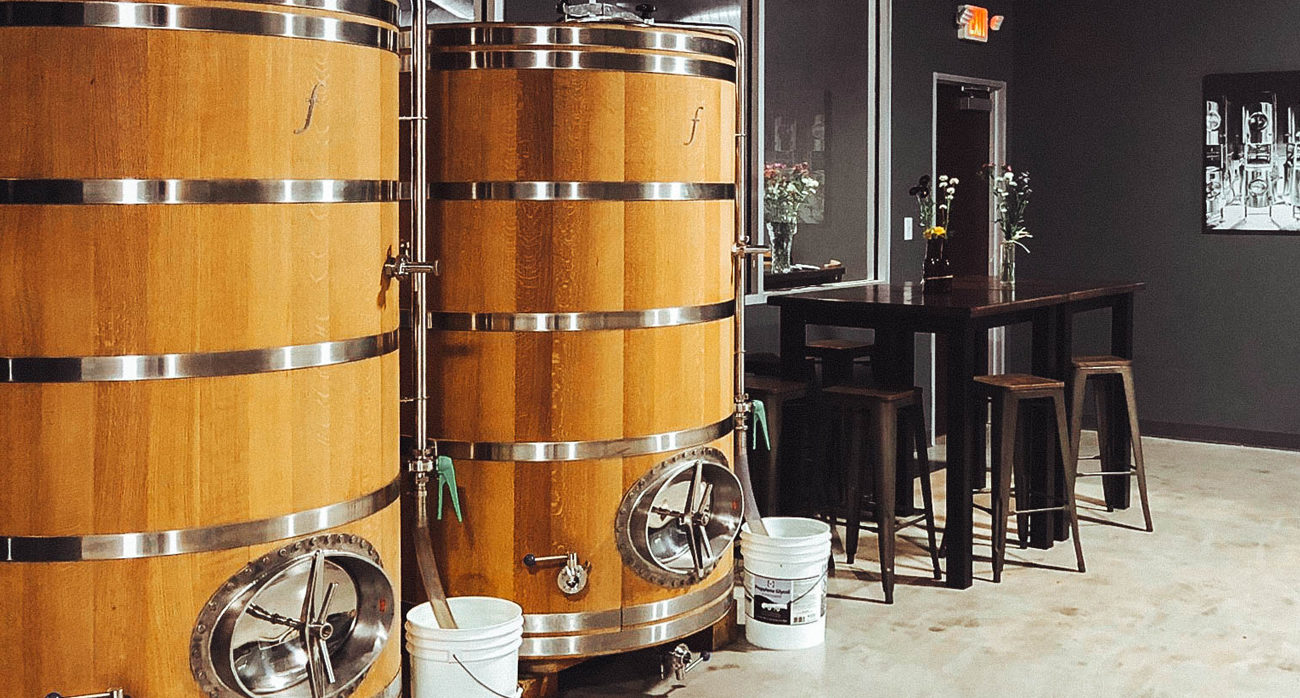 Beer-Chronicle-what-is-a-foeder-beer-barrels