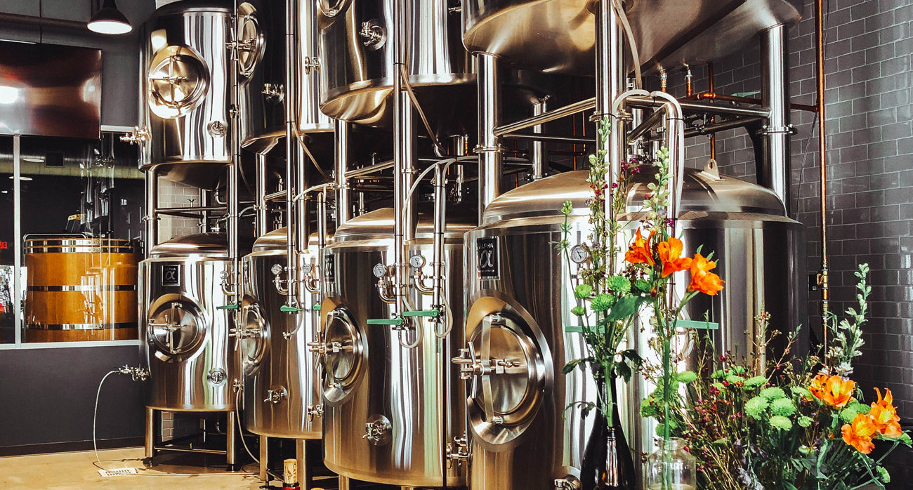 Beer-Chronicle-what-is-a-foeder-beer-tanks